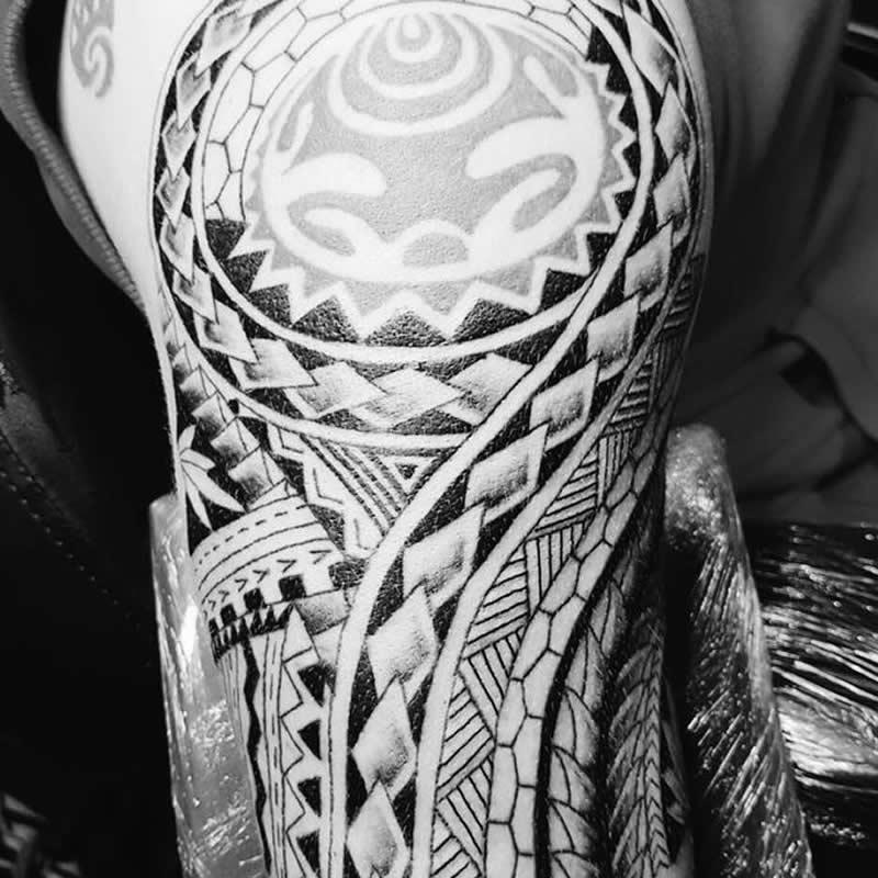 tatto_arm_zw