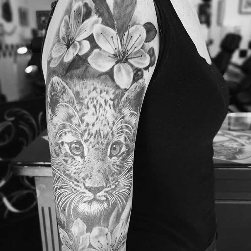 tattoo_arm2_zw